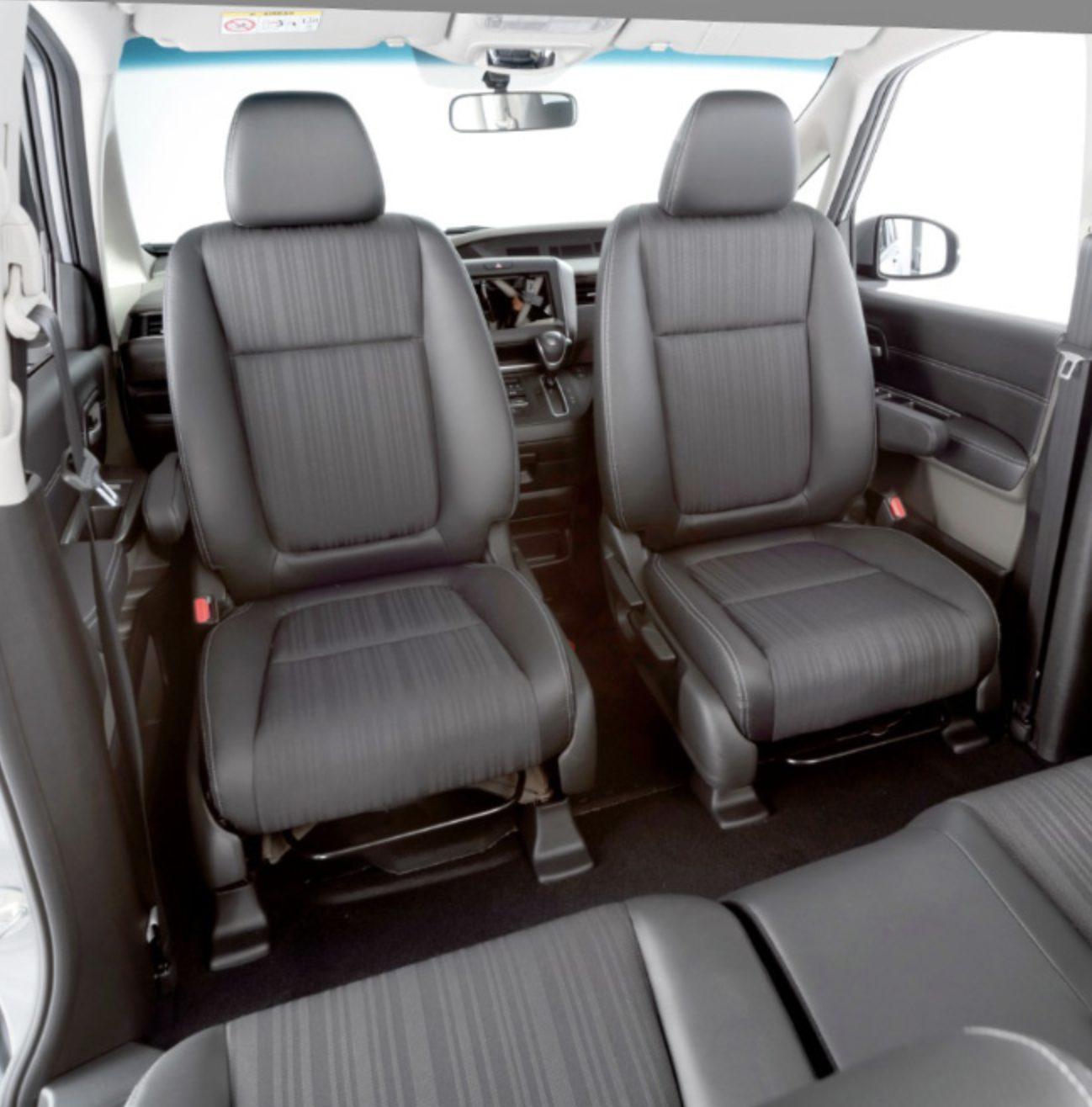 フロント回転シート 運転席・助手席