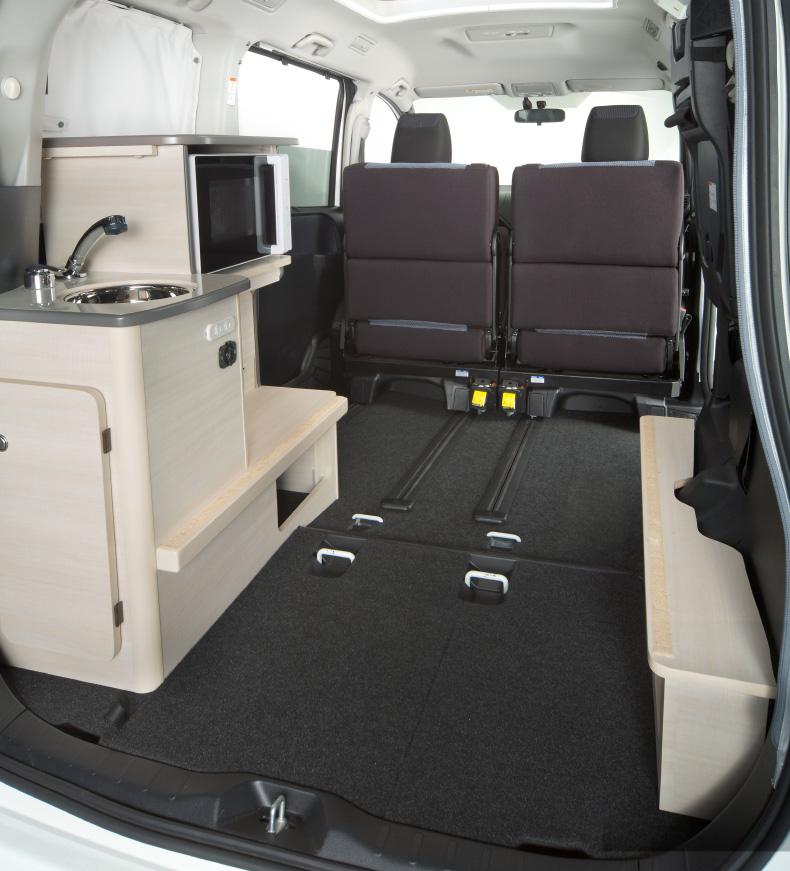 安心の大容量荷室スペース