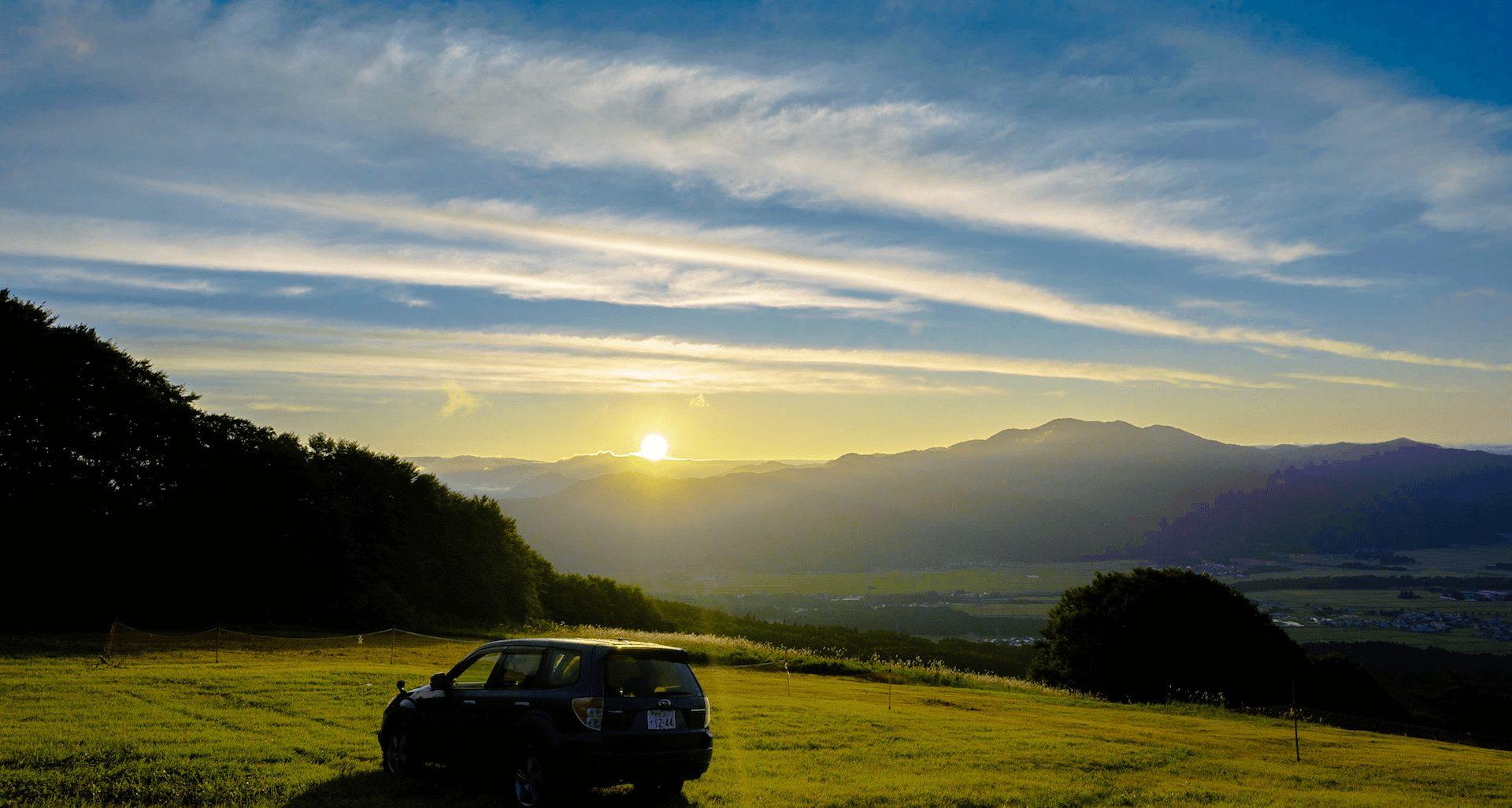 まさに天空の車中泊!磐梯高原・絶景の猪苗代スキー場RVパークには3つのエリア